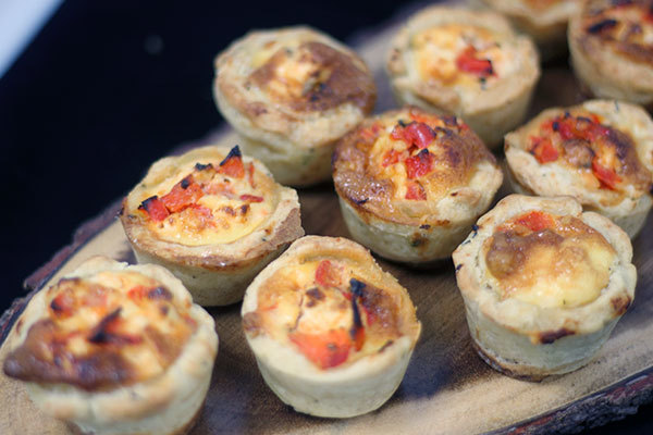 Quiche for buffet delivery